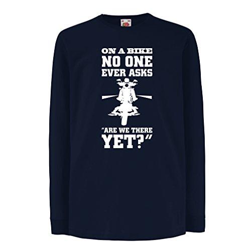lepni.me N4684D Kinder-T-Shirt mit langen Ärmeln On a Bike - biker wear (12-13 years Blau Mehrfarben)