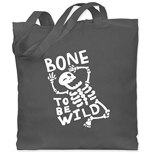 Shirtracer Halloween - Bone to be Wild Halloween Kostüm - Unisize - Dunkelgrau - WM101 - Stoffbeutel aus Baumwolle Jutebeutel lange - Aktuelle Event Kostüme Ideen