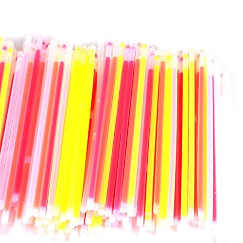 CUHAWUDBA Leuchtstabe Bulk 300 Zahlen - 8 Zoll Marken Premium Glow In den dunklen Lichtstocken - Macht Tonnen von Glow Halsketten und Glow Armbandern (3 Rohre von 100)