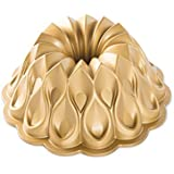 Nordic Ware Crown Bundt Pan - Molde