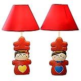 Lampada da tavolo a LED dimmerabile, lampada da lettura da scrivania for cartoni animati for sala da matrimonio, corpo lampada simpatico personaggio fantoccio con paralume in panno di raso rosso, alto