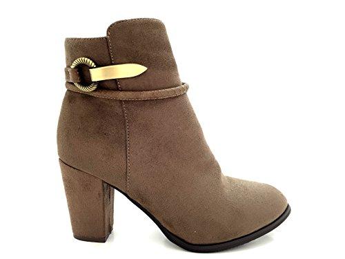 CHIC NANA . Chaussure femme bottine à talon, style daim, bride boucle fantaisie. Taupe