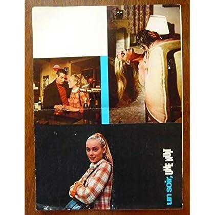Dossier de presse de Un soir, une nuit (1968) – 33x73 cm - Film de Jean-Marie Pontiac avec Paul Guers, Geneviève Grad, Gérard Klein – Photos – résumé scénario - Bon état.