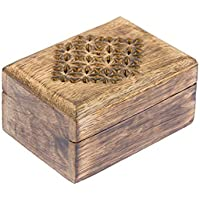 Preisvergleich für Truhe Tobina, Holztruhe, Truhe aus Holz, Cutouts, Truhe mit Deckel