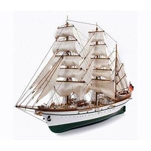 Billing Boats Barcos de facturación B7301: 100Escala Plástico Modelo Esmeralda edición Especial