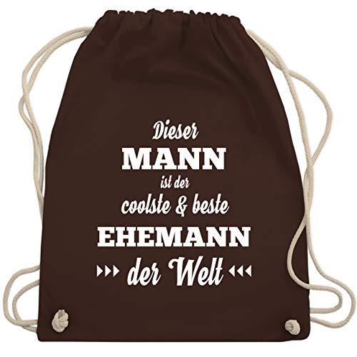 Typisch Männer - Dieser Mann ist der coolste und beste Ehemann - Unisize - Braun - WM110 - Turnbeutel & Gym Bag (Coolsten Kostüm Ideen)