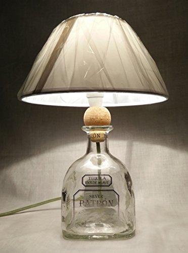lampada-arredo-da-tavolo-bottiglia-vuota-tequila-patron-abatjour-abat-jour-riciclo-creativo-riuso-id
