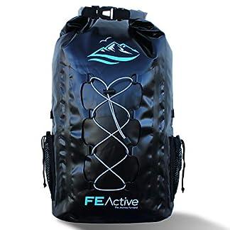 FE Active – Mochila Impermeable Ecológica 30L de Capacidad para Todas Las Actividades realizadas al Aire Libre y Deportes Acuáticos. Correas para Hombros Acolchadas, Cordón Exterior y Red de Malla