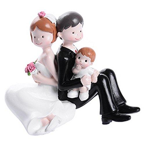 dolcissimo Cake Topper que representa dos jugada esposos que festeggiano su día con el regalo más grande que la vida pueda dar.