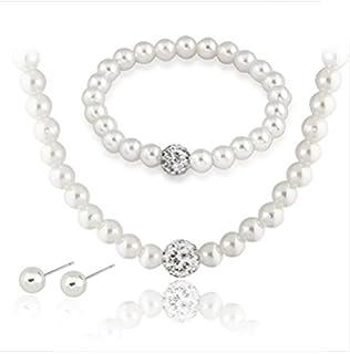 perlenkette und ohrringe