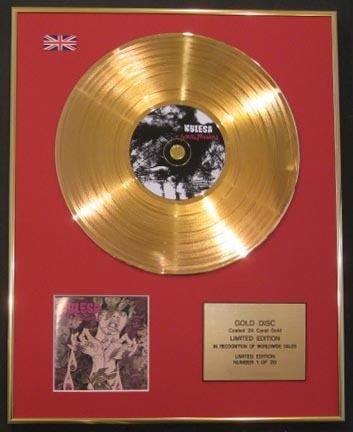 KYLESA CD Ltd-Disco in oro 24 ct TENTIONS-statico