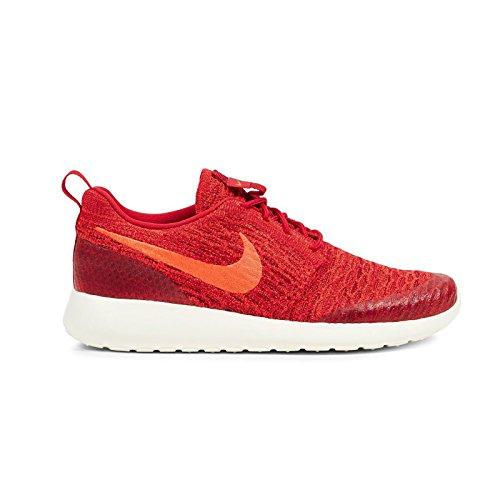 Nike WMNS Roshe One Flyknit, Chaussures de Sport Femme, Rouge