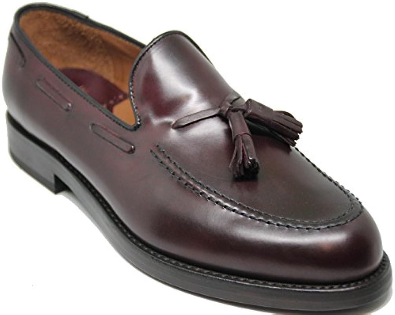 Lottusse 5624 Zapato Mocasín con borlas,Piel de Máxima Calidad,Color Burdeos.