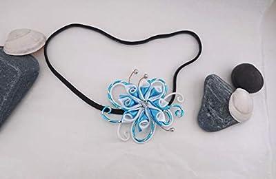 Headband aluminium ciselé turquoise et blanc et sa fleur kanzashi double torsadé
