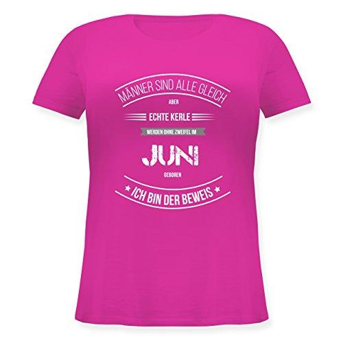 Shirtracer Geburtstag - Echte Kerle Werden IM Juni Geboren - Lockeres Damen-Shirt in Großen Größen mit Rundhalsausschnitt Fuchsia