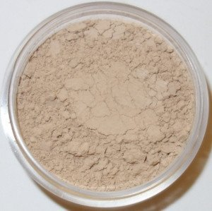 new-powder-me-louder-soothing-redness-control-mineral-foundation-concealer-in-one-bisque-warm-beige-