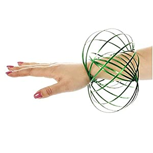 Gifts 4 All Occasions Limited SHATCHI-1316 Shatchi Anillo de flujo mágico verde 3D divertido Kinetic Spring Infinity Arm Slinky Juggle Dance regalo juguetes, Multi
