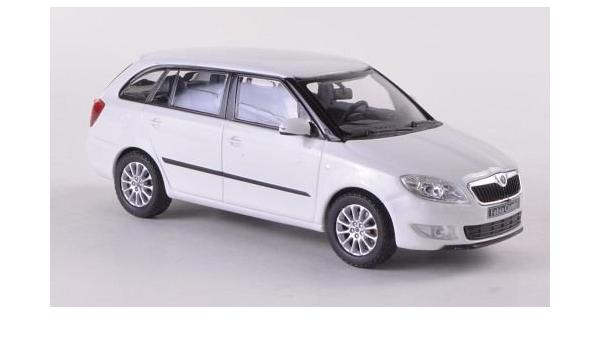 Skoda Fabia Combi Ii Weiss Facelift 2010 Modellauto Abrex 1 43 Spielzeug