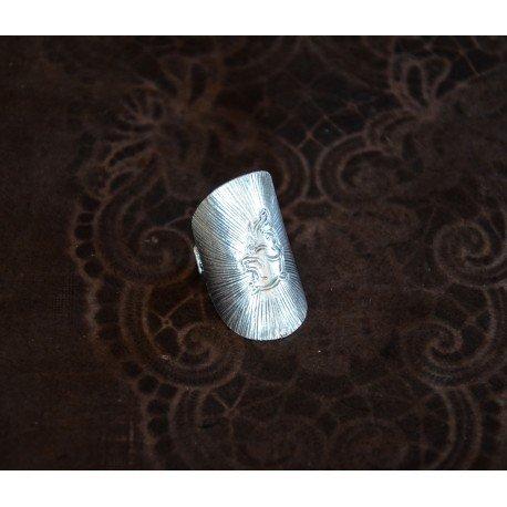 bijoux-ethniques-en-argent-bague-modele-elephant