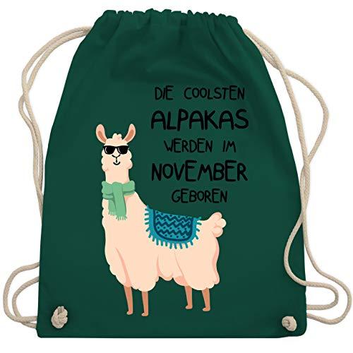 Geburtstag - Die coolsten Alpakas werden im November geboren Sonnenbrille - Unisize - Dunkelgrün - WM110 - Turnbeutel & Gym Bag