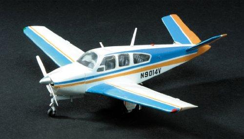 minicraft-11609-modellino-aereo-beechcraft-bonanza-v-35-in-scala-148