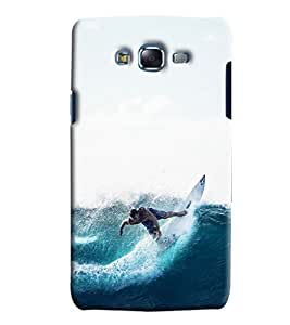 Blue Throat Man Surfing In Sea Printed Designer Back Cover/ Case For Samsung Galaxy J7
