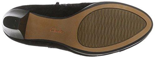 Clarks Women's Chorus Jingle Boots 3