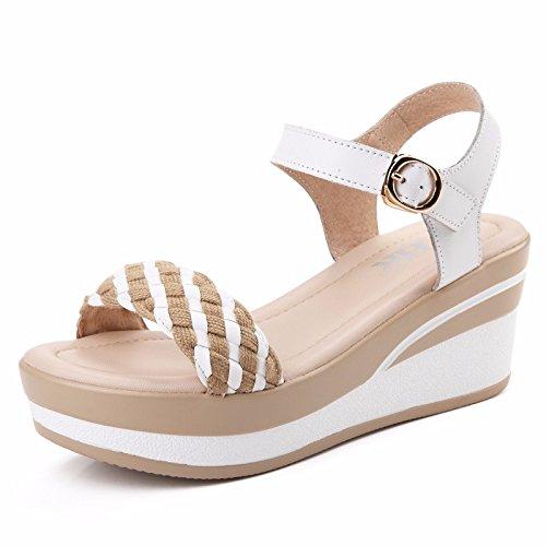 DGSA Die koreanische Version des Sommers, flache Unterseite wilde Frauen Sandalen dicke Kuchen Frauen Schuhe Studenten weben Neigung ferse schuhe Weiß