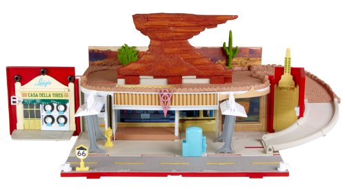 Disney Pixar Cars 2 Radiator Springs Spielstadt / Playtown