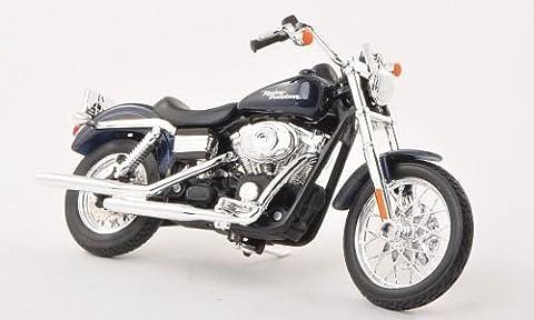 Maisto Harley Davidson 2006 FXDBI Dyna Street Bob 1/18 Scale
