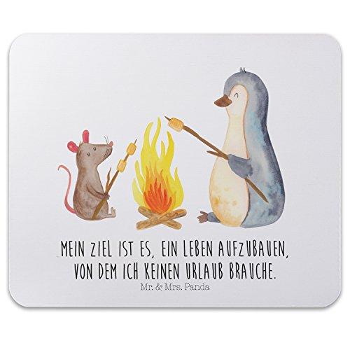Preisvergleich Produktbild Mr. & Mrs. Panda Mauspad Druck Pinguin Lagerfeuer - 100% handmade in Norddeutschland - Pinguin, Maus, Pinguine, Lagerfeuer, Leben, Arbeit, Job, Motivation, Büro, Büroalltag, Lebensspruch, Lebensmotivation, Neustart, Liebe, grillen, Feuer, Marshmallows Mouse Pad, Mousepad, Computer, PC, Männer, Mauspad, Maus, Geschenk, Druck, Schenken, Motiv, Arbeitszimmer, Arbeit, Büro