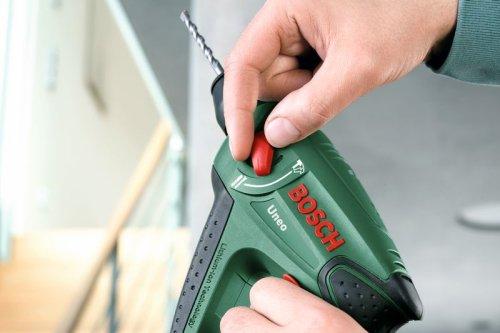 """Bosch Uneo – Tassellatore-trapano-avvitatore elettropneumatico a batteria """"Easy"""" + punte per calcestruzzo e punte universali + 4 bit lunghi + batteria e caricatore + valigetta (14,4 V, Ø max foro nel calcestruzzo 10 mm, 1,1 kg"""