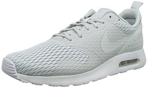 Nike Herren Air Max Tavas SE Sneakers, Grau