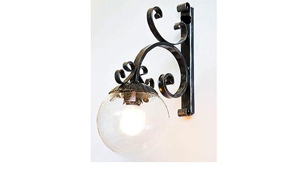 Lampada applique da esterno in ferro battuto con piatto smaltato