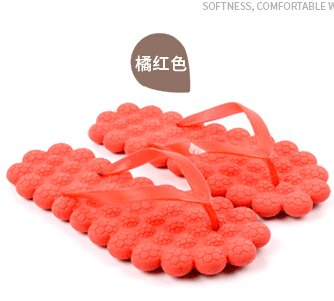 Traders 5, 6.5 : 2017 cute little fresh bubble shoes sandals household summer beach massage slippers Fashion candy color flip flops s282
