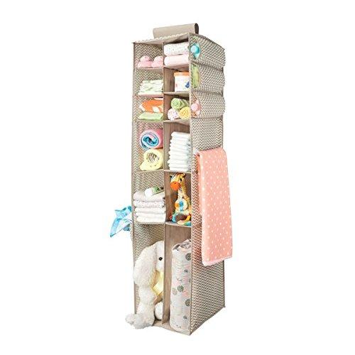 mDesign Stoff Hängeaufbewahrung – Baby Kleiderschrank Organizer – Aufbewahrungssystem mit 16 Fächern für Kleidung, Handtücher, Decken, Spielzeug – taupe/natur