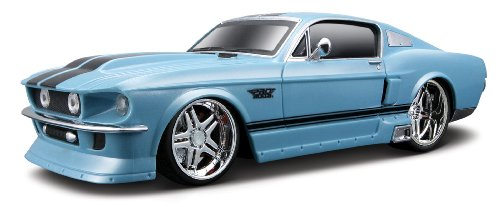 maisto-124-scale-1967-ford-mustang-gt-with-pistol-grip-controller-radio-controlled-model-car-blue
