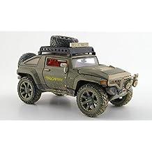 Hummer HX, oliv, mit Schmutzeffekt, Modellauto, Fertigmodell, Maisto 1:24