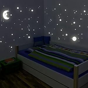 Wandkings Sonne, Mond und Sterne XL-Set, 114 Sticker für Sternenhimmel, extra starke Leuchtkraft, Wandsticker Leuchtaufkleber, Fluoreszierend und im Dunkeln leuchtend