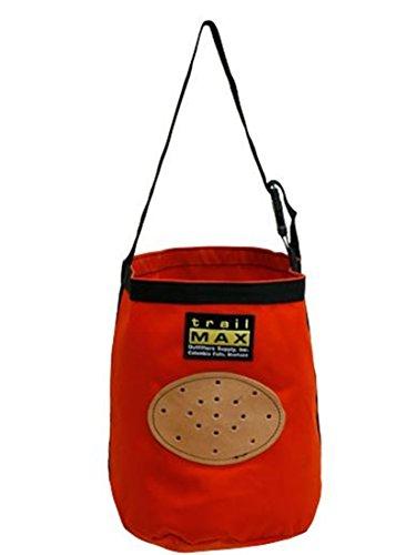 trailMAX Futtersack mit Ventilationsöffnungen (Gurt Nylon Pferde)