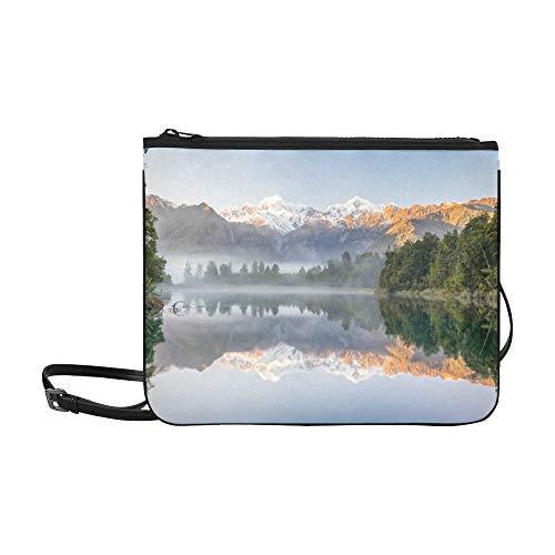 EIJODNL Sonnenuntergang am Milford Bay Lake-Muster Benutzerdefinierte hochwertige Nylon Slim Clutch Cross Body Bag Schultertasche Mo Bay