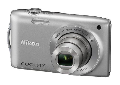 Nikon Coolpix S3300 - Cámara compacta de 16 Mp (pantalla de 2.7', zoom óptico 6x, estabilizador de imagen óptico) color plata