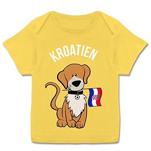 Fußball-Europameisterschaft 2020 - Baby - Fußball Kroatien Hund - 68-74 (9 Monate) - Gelb - E110B - Kurzarm Baby-Shirt für Jungen und Mädchen -