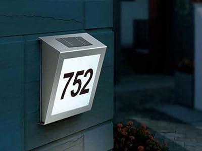 Solar Hausnummer mit LED Beleuchtung aus Edelstahl von Betterlighting auf Lampenhans.de