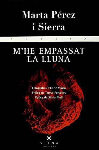 Una lúcida reflexió poètica sobre la menopausa amb poemes de Marta Pérez i fotografies d'Enric Maciä.