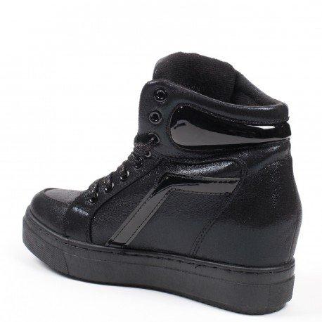 Ideal Shoes - Baskets nacrées avec semelle en gomme Acelia Noir
