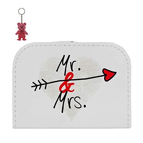 OLShop AG Hochzeitskoffer Pappe weiß Mr. & Mrs. mit Pfeil 16 cm inkl. 1 Reflektorbärchen, Spielzeugkoffer Geschenkkoffer