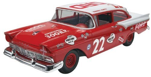 rts '57 Ford Plastic Model Kit by Revell TOY (English Manual) ()