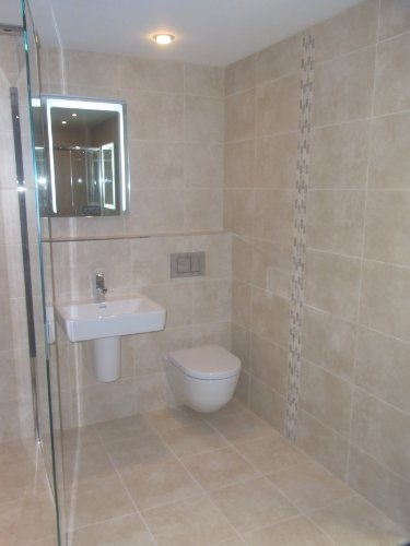 20m2-bct-rapolano-marfil-travertine-effect-ceramic-bathroom-wall-tile-60x30