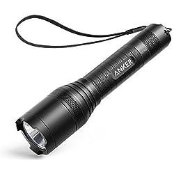 Anker LC90 LED Taschenlampe, IP65 Wasserfest, Super Helle 900 Lumen CREE LED, 5 Licht Modi, Wiederaufladbare Taschenlampe im Hosentaschenformat mit Zoom für Camping, Wandern und Notfälle ( Inklusive 18650 Batterie )